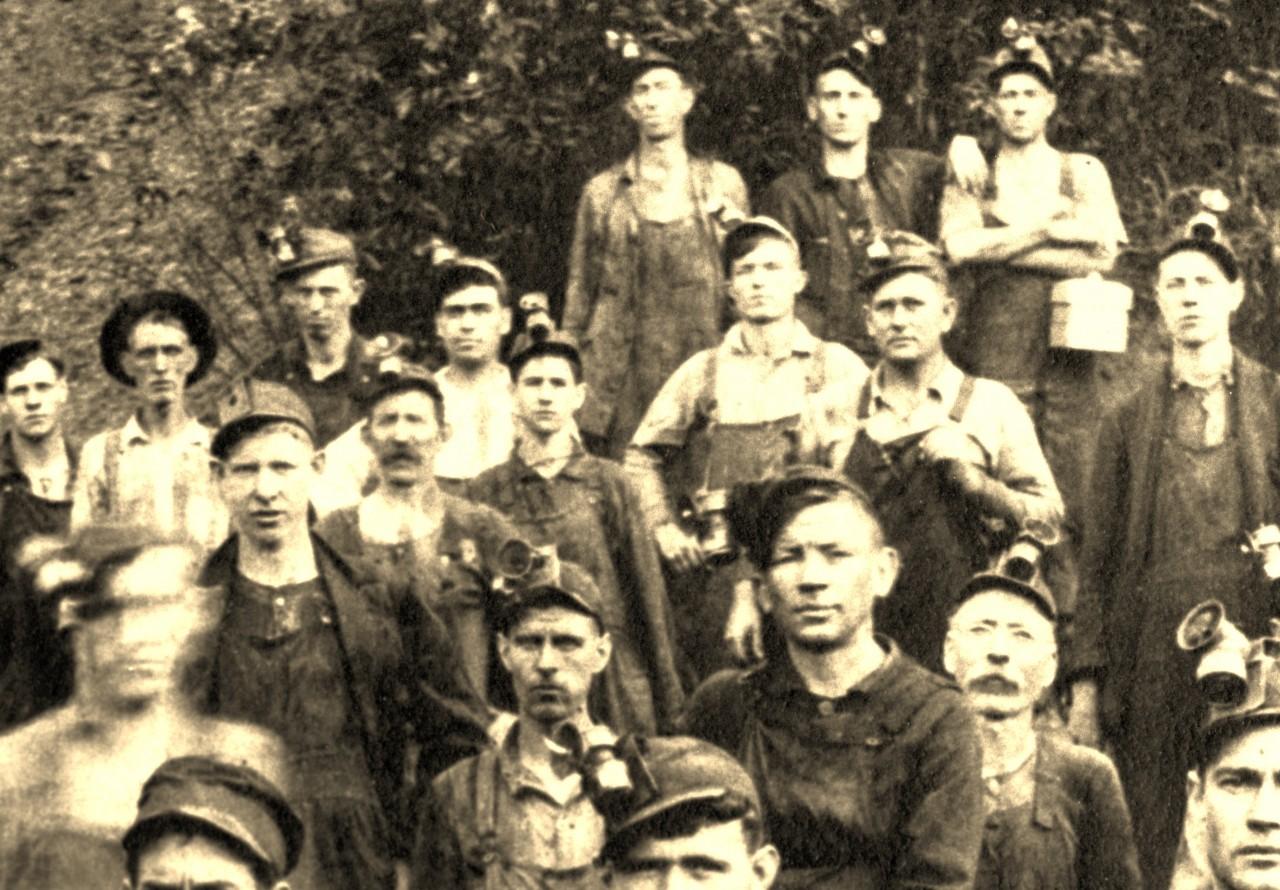 miners at no 2 mine fredonia